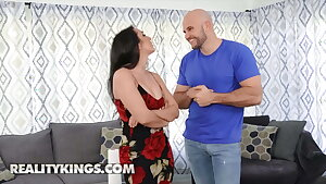 Lilly Hall Has Her Wet Pussy Her Cock-squeezing Ass Fucked Hard