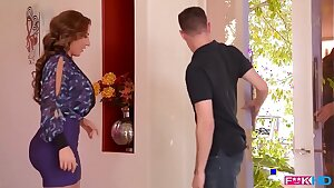 Yankee milf sheer pleasure Richelle Ryan fills her mouth and cooter with cock