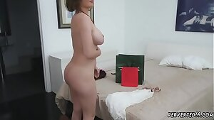 Amateur dark-haired mummy fucked hard and 18 cherry sex anal hd her