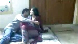 Indian GF hump with her BF - 2017 Full HD