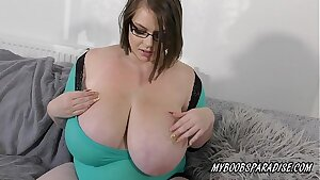 BBW Massive natural Tits babe playing with boobs and big nips