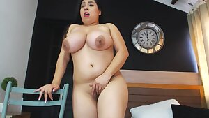 Mommy Latina Candy - Big tits solo on cam