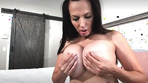 Big Titties G/g Super-steamy Talk - fetish ice boob play