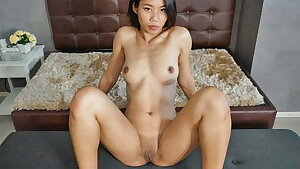 TukTukPatrol Meat Pole Pinay Spinner Has Gifts