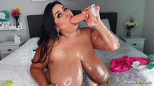 Solo JOI Sofia's Perfect bumpers - BBW with hairy honeypot Sofia Rose plays with dildo toy - monster bumpers
