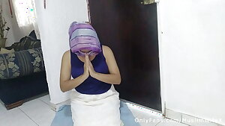 Real Praying Muslim Mom in a Hijab Masturbating Her Pussy