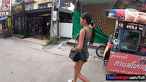 Real amateur Thai teen cutie fucked after lunch by her temporary beau