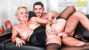 ScambistiMaturi, Italian Cougar Shadow Tries Assfuck With Paramour