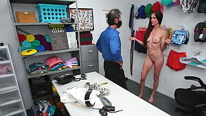 ShopLyfterMYLF - MILF Thief Fucked By The Mall Cop