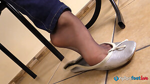 Sexy Teen in nylons shoeplay and nylon foot soles Point of view video
