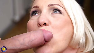 Mature housewife gets a good fuck from fellow